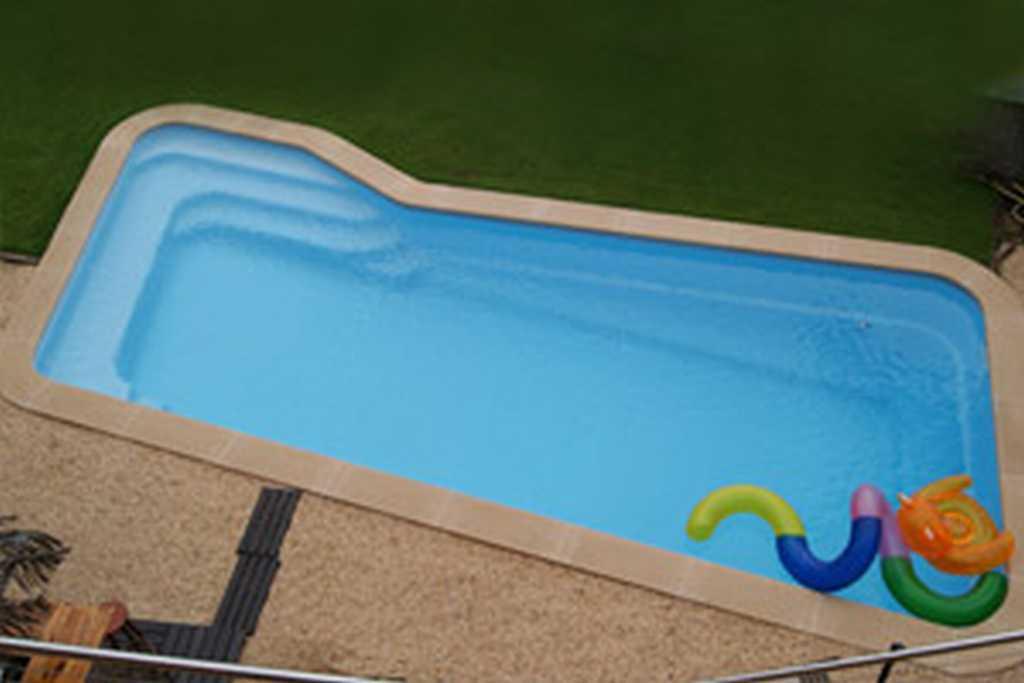 Piscinas de poliester precios instalaciones mantenimiento - Precios de piscinas de poliester ...
